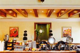 70132_007_Restaurant
