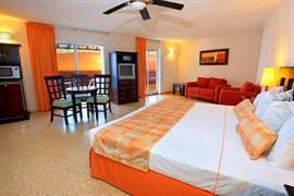 70183_007_Guestroom