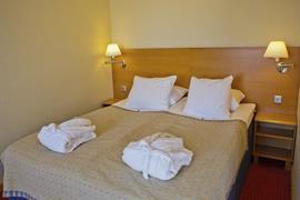 91085_006_Guestroom