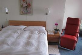 94233_007_Guestroom