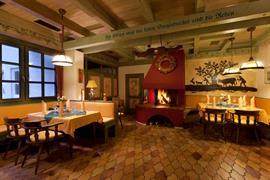 95507_004_Restaurant