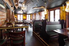 88192_006_Restaurant