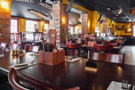 88192_007_Restaurant