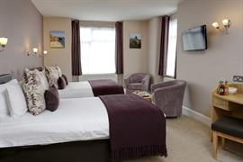hotel-royale-bedrooms-18-83884
