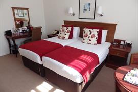 hotel-royale-bedrooms-22-83884