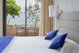 93821_004_Guestroom