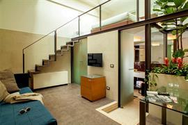 98205_006_Guestroom