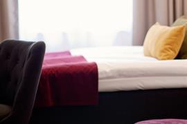 88169_006_Guestroom