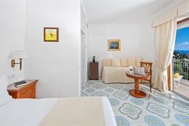 98146_002_Guestroom