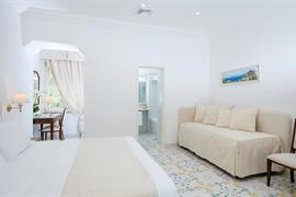98146_006_Guestroom