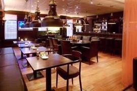 92695_004_Restaurant