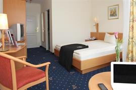 95467_004_Guestroom