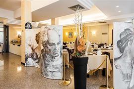 98356_003_Restaurant