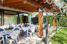 98356_004_Restaurant