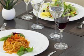 98024_003_Restaurant