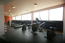 70135_003_Healthclub