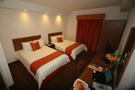 70135_007_Guestroom