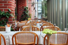91108_006_Restaurant