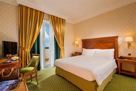 98252_004_Guestroom
