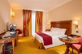 98252_006_Guestroom