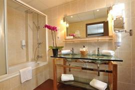 93752_004_Guestroom