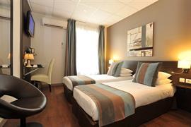 93752_005_Guestroom