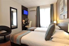 93752_006_Guestroom