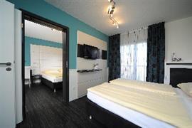 95496_003_Guestroom