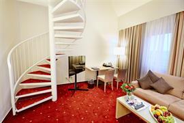 95025_006_Guestroom