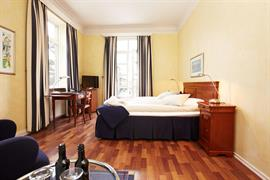 88060_005_Guestroom