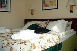 88146_003_Guestroom