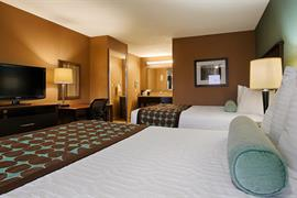 44663_007_Guestroom