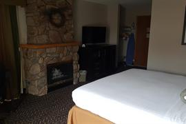 15095_003_Guestroom