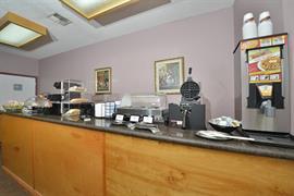 44492_006_Restaurant