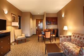 19077_006_Guestroom