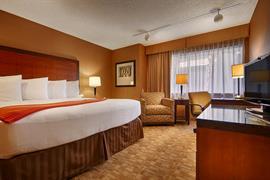 05466_007_Guestroom