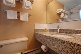 62027_001_Guestroom