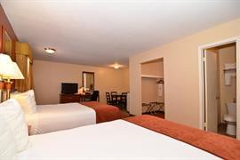 44326_007_Guestroom