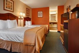 34110_002_Guestroom