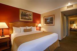 38107_007_Guestroom
