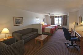 44479_006_Guestroom