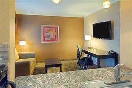 03097_002_Guestroom
