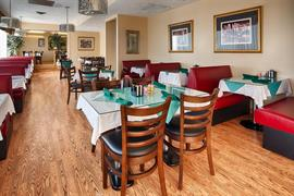 47104_005_Restaurant
