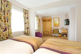 invercarse-hotel-bedrooms-70-83440