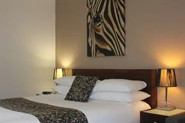 97374_004_Guestroom