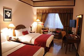 76600_006_Guestroom