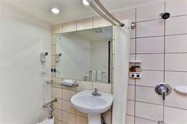 70602_007_Guestroom