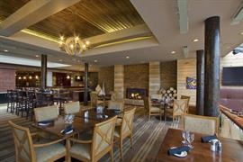 61073_005_Restaurant