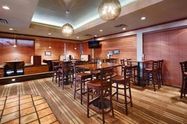 61073_007_Restaurant