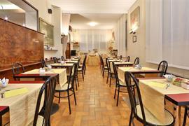 98221_001_Restaurant